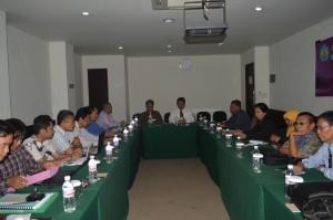 Dekan FKIP membuka acara Capacity Building Angkatan I tahun 2013